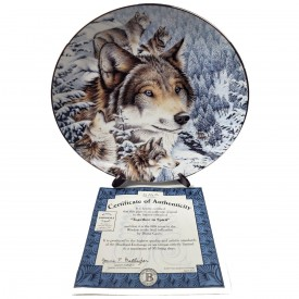 Wolf Plate Together in Spirit from Window to the Soul Collection by Diana Casey 1997 #5647.5