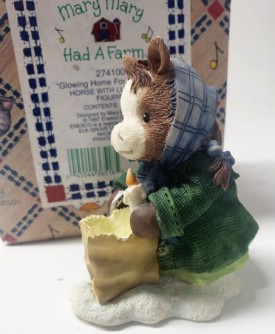 """Enesco Mary Mary Had A Farm #274100 1997 """"Glowing Home for Christmas"""" Horse with Luminaria Figurine"""