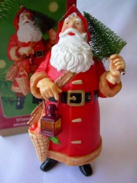 2000 Hallmark  Keepsake Ornament Winterberry Santa QXI4331