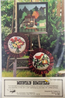 V.I.P. Crafts Mountain Homestead Applique Pattern Wall-hanging, Ruffled Pillows