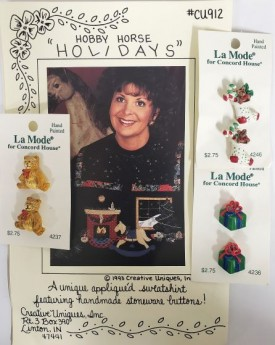 """Creative Uniques """"Hobby Horse Holidays"""" Appliqued Sweatshirt Pattern w/ Stoneware Buttons"""