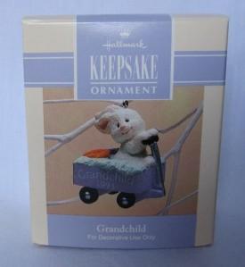 Hallmark 1993 Grandchild Easter Keepsake Ornament QEO8352