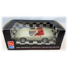 AMT ERTL 1996 Chevrolet Corvette Collector Edition Sebring Silver Plastic 1:25 Scale