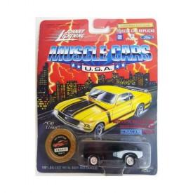 Johnny Lightning Muscle Cars 1/64 Die Cast Replica 1971 Hemi Cuda Black