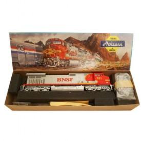 HO Miniature Athearn Trains #4940 C44-9W Powered Locomotive BNSF Red & Silver No. 701