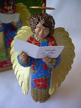 Noche de Paz 2001 Hallmark Ornament QX8192