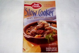 Betty Crocker Slow Cooker -- Meals, Appetizers & More! -- 11 Recipes with 10 Min Prep (Cookbook Paperback)
