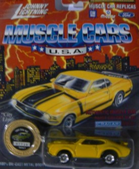 Johnny Lightning Muscle Cars U.S.A. Series 9 1969 Olds 442 Yellow with Collector Coin