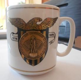 1776-1976 Minuteman Bicentennial Coin Spirit of 76 Ceramic Coffee Mug 23 KT Gold