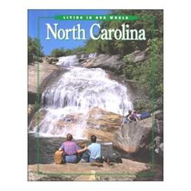 Living in Our World: North Carolina : Grade 4 (Hardback)