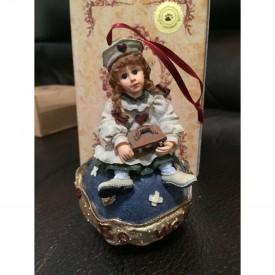 Yesterdays Child Boyds Dollstone The Boyds Collection Ltd. Katherine...Kind Heart Figurine
