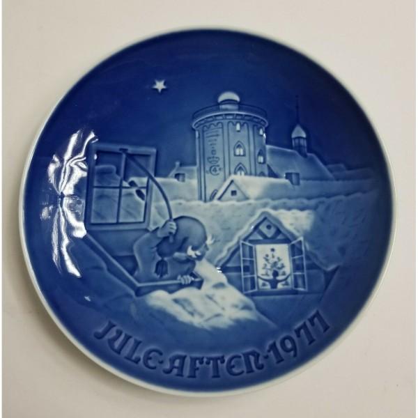 Bing & Grondahl 1977 Jule After Plate