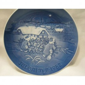 """Bing & Grondahl 1982 Jule After """"The Christmas Tree"""" Plate"""