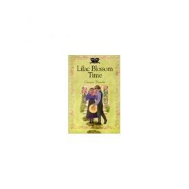 Lilac Blossom Time (Dora's Diary) (Paperback)