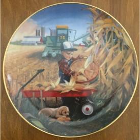 Danbury Mint Bumper Crop Plate Donald Zolan Collection Little Farmhands