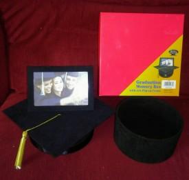 LaVie Graduation Memory Box with 4x6 Inch Flip Up Frame Black, Style 4577