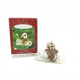 Hallmark Keepsake Ornament - Cool Decade 1st Walrus 2000 (QX6764)