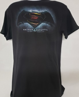 Batman v Superman Dawn of Justice Short Sleeve Graphic T-shirt Adult Size Medium Black