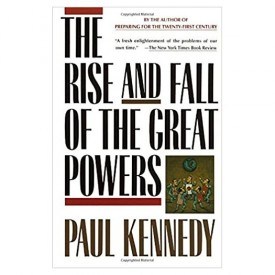 The Rise and Fall of the Great Powers (Paperback)
