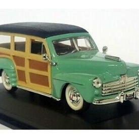 Road Signature 1:43 Ford Woody 1948  - Diecast Model Car