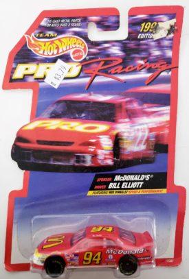 NASCAR #94 Bill Elliott McDonald's Ford Thunderbird 1997 Hot Wheels Pro Racing 1:64 Diecast