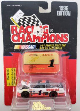 NASCAR #1 Rick Mast Hooters Pontiac 1996 Racing Champions 1:64 Diecast