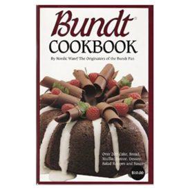 Bundt Cookbook, Over 200 Cake, Bread, Muffin, Entree, Dessert, Salad Recipes and Sauces! (Paperback)