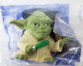 Star Wars Episode III Revenge of the Sith 2005 Burger King Toy - Yoda Magic 8 Ball