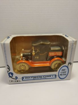 Ertl Ford 1918 Runabout V&S Variety Stores Delivery Bank 1:25 Scale Die Cast