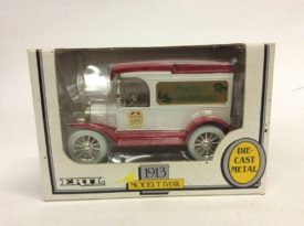 Ertl 1913 Model T Die-Cast Metal Coin Bank Christmas 1989 1/25 Scale