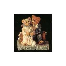 Boyds Bears Bearstone Resin Figurine - Grenville & Beatrice...Best Friends #2016