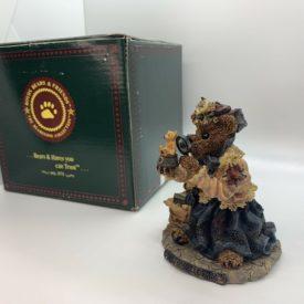 Boyds Bears Bearstone Resin Figurine -  The Collector