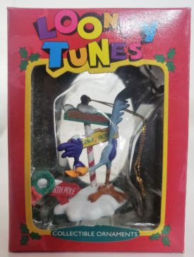 Looney Tunes Collectible Ornament - Roadrunner Looking for the North Pole