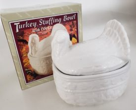Turkey Stuffing Bowl With Cover 2-Quart