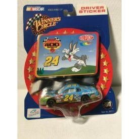 Winners Circle #24 Du Pont Motorsports Bugs Bunny Jeff Gordon Blue Monte Carlo