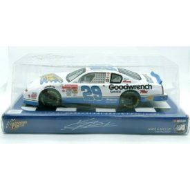 Winner's Circle Kevin Harvick Reese's Fast Break Diecast Nascar Chevy 1:24 #29