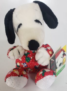"""Applause 8"""" Snoopy in Red Pajamas Plush Peanuts Exclusive Collection"""