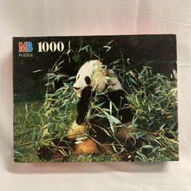 "Vintage 1994 Milton Bradley Nature ""Giant Panda"" 1000 Piece Jigsaw Puzzle 4091-8"